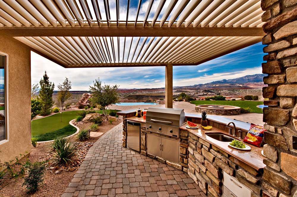 Aluminum pergola kits that open and close pergola design for Open covered patio ideas