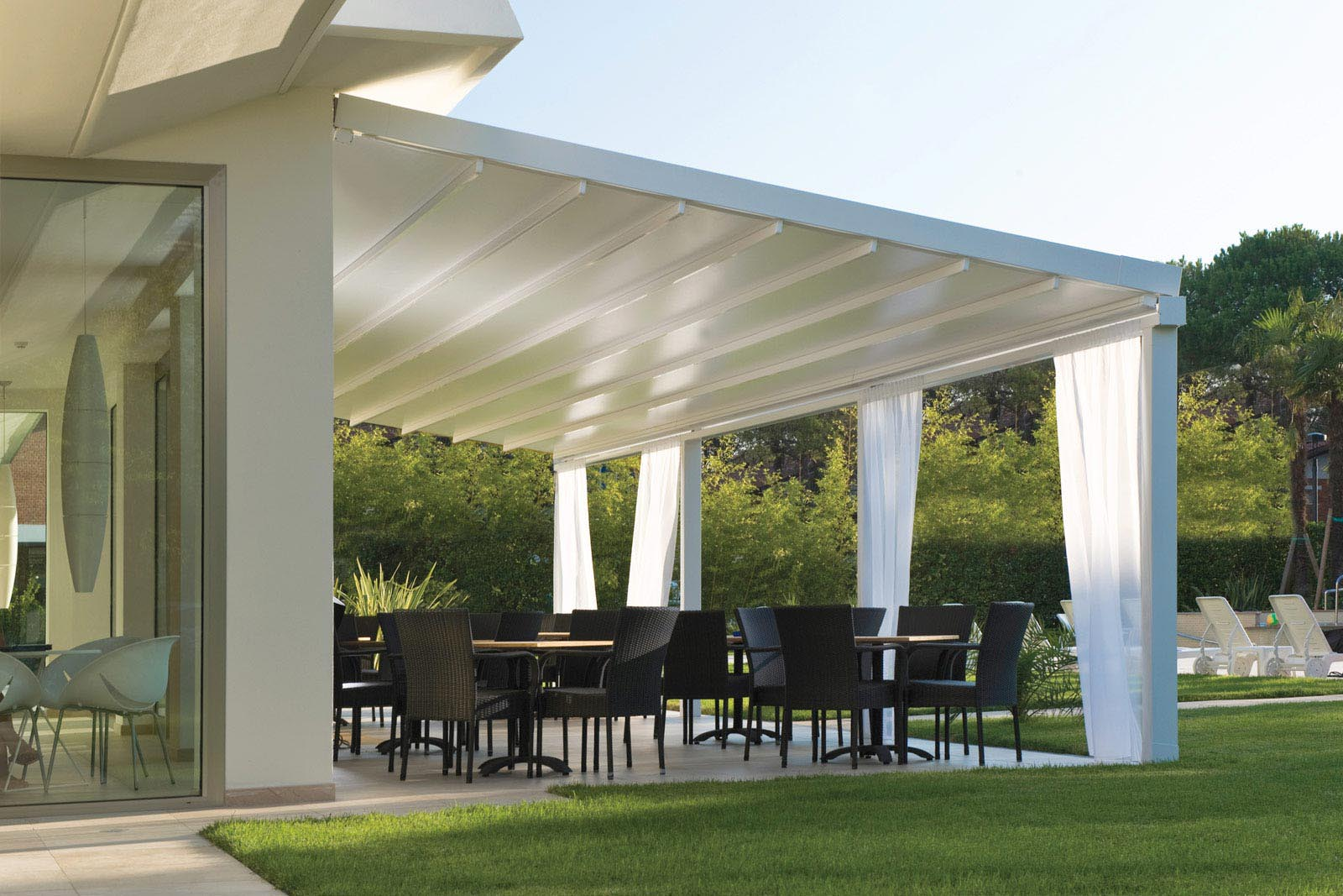 aluminum pergola with retractable roof pergola design ideas. Black Bedroom Furniture Sets. Home Design Ideas