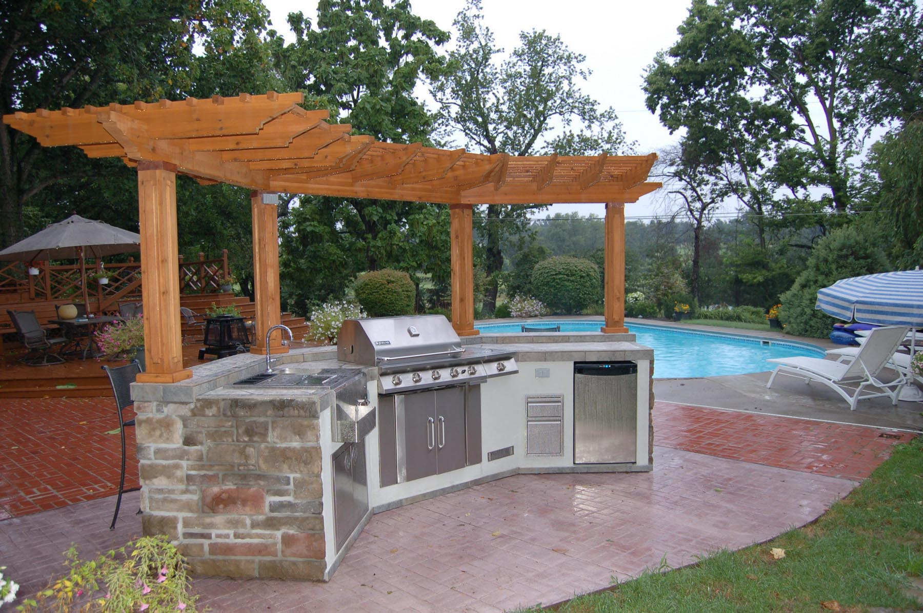 Outdoor DIY Pergola Kits