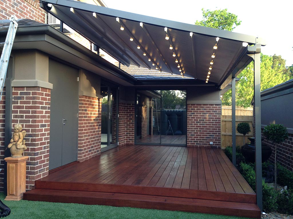 Pergola with Retractable Shade Canopy