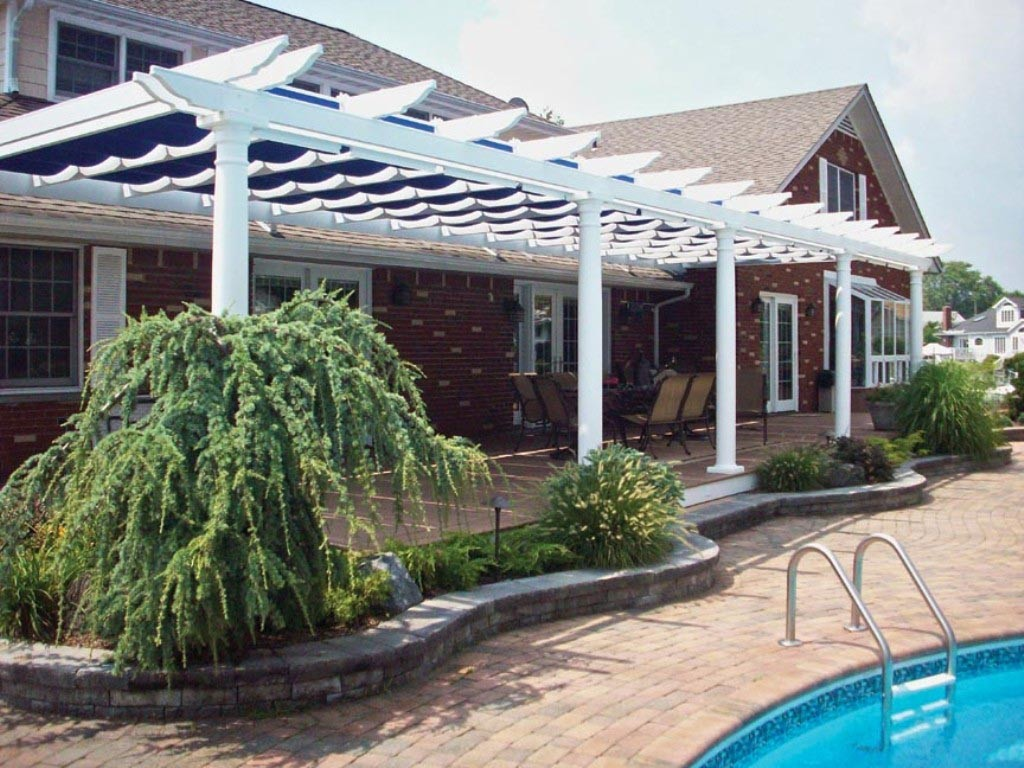 Pergola with Shade Cover