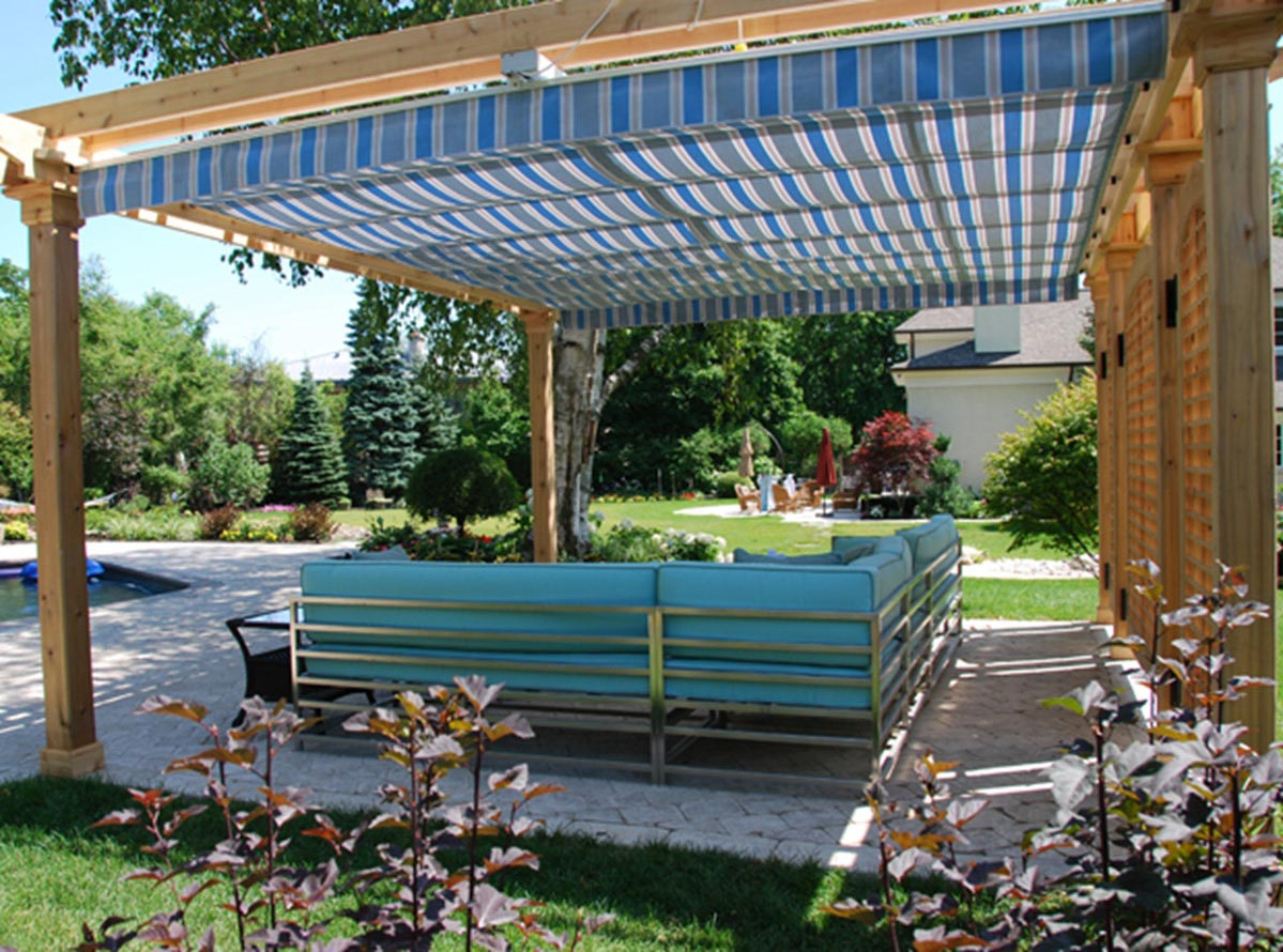 Retractable Canopy for Pergola