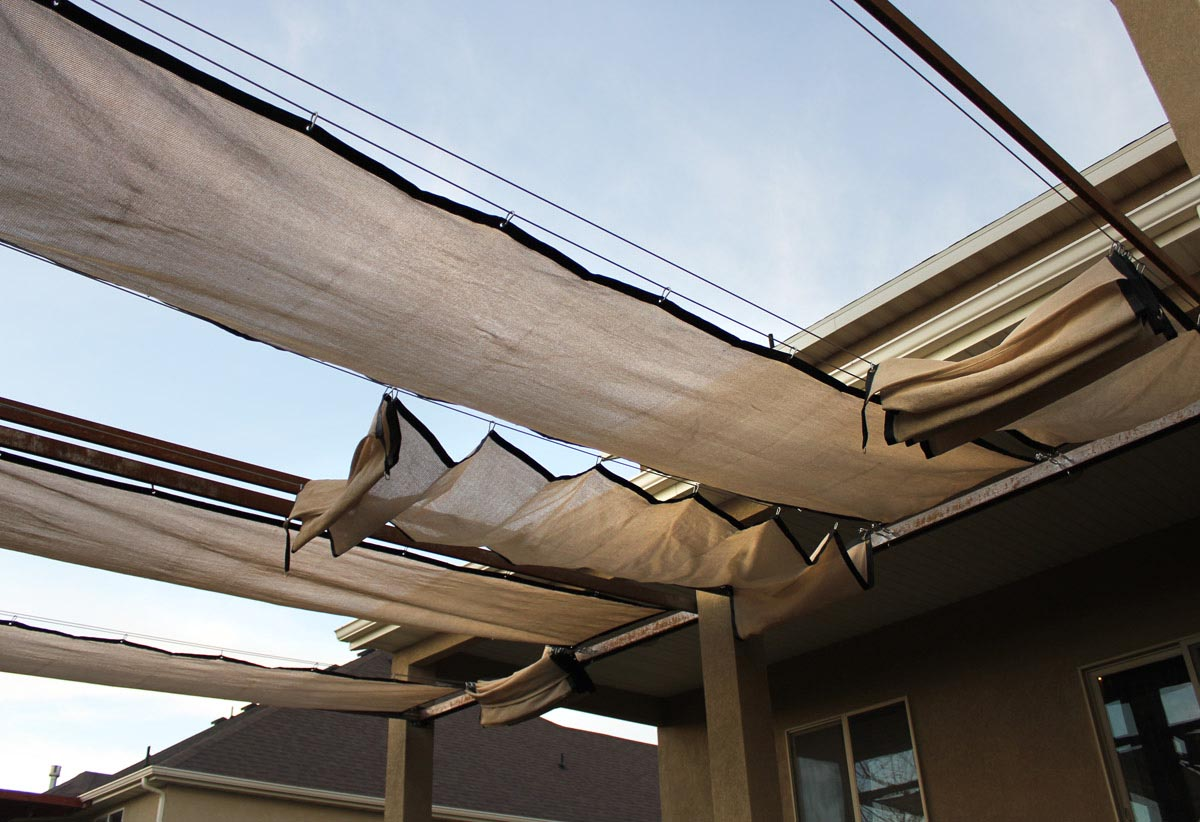 Retractable Shade Cover for Pergola